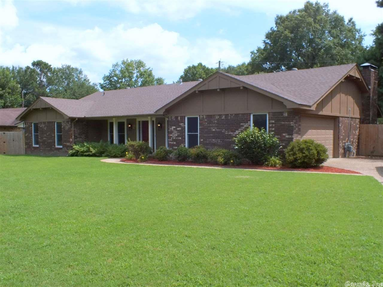 13 Red Oak Drive, Conway, AR 72034