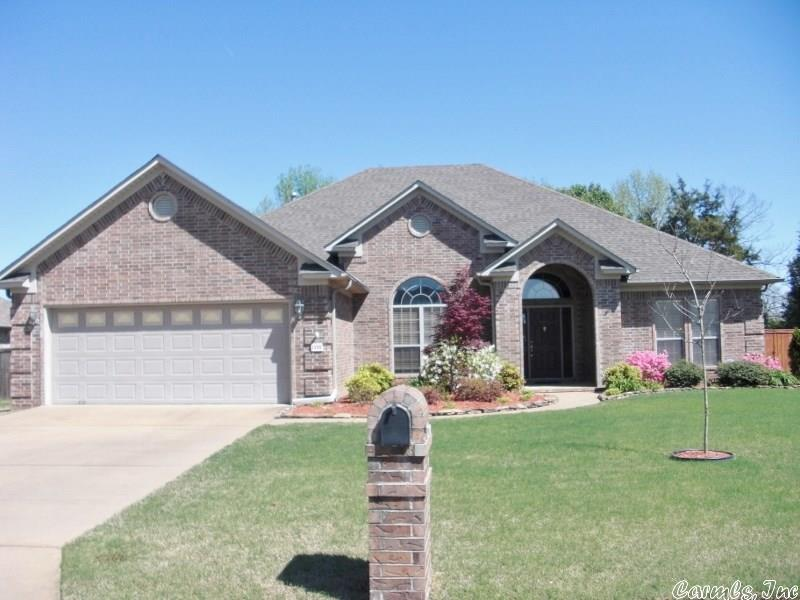 1330 Clarence Dr., Conway, AR 72034