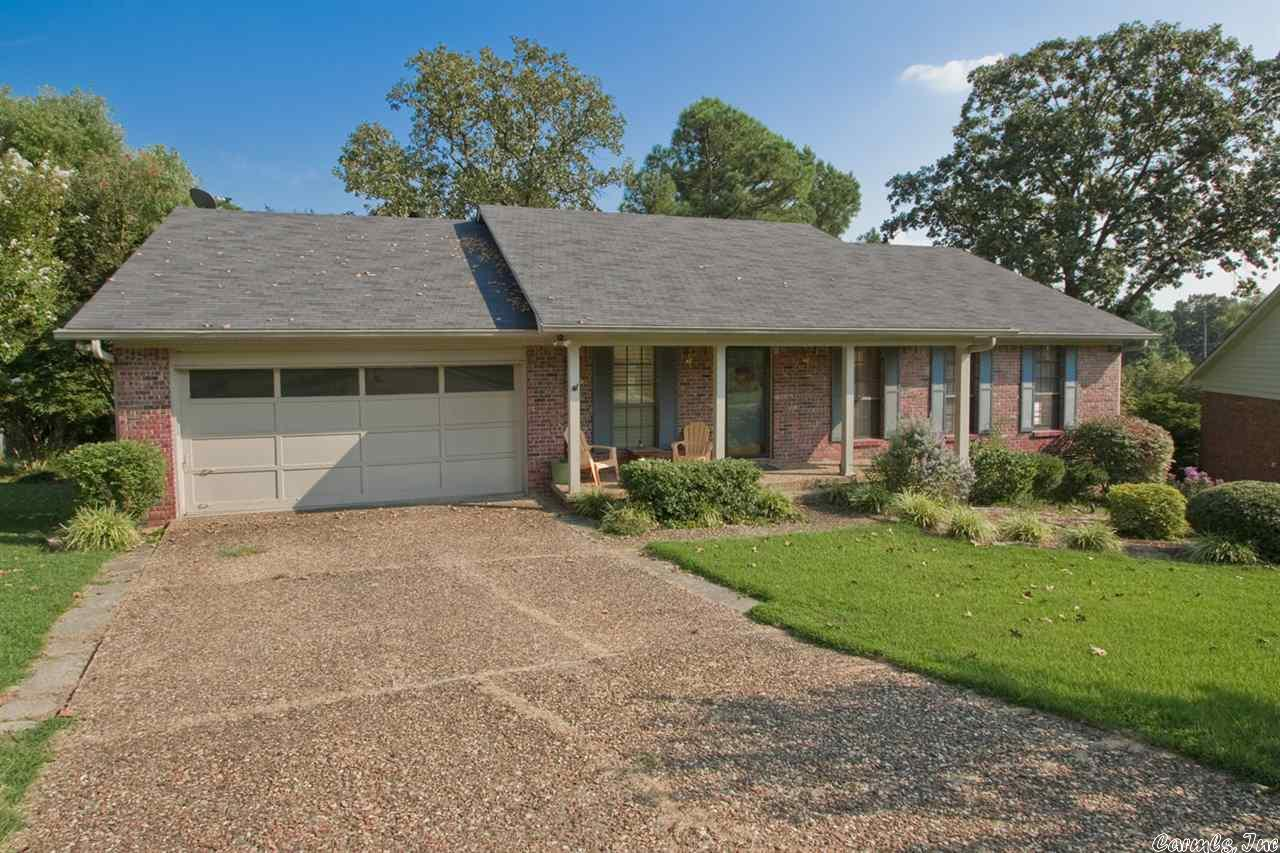 7 Old Forge Court, Little Rock, AR 72227