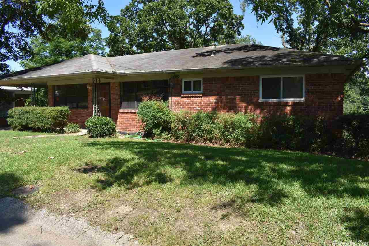 3 Roundhill Road, North Little Rock, AR 72116