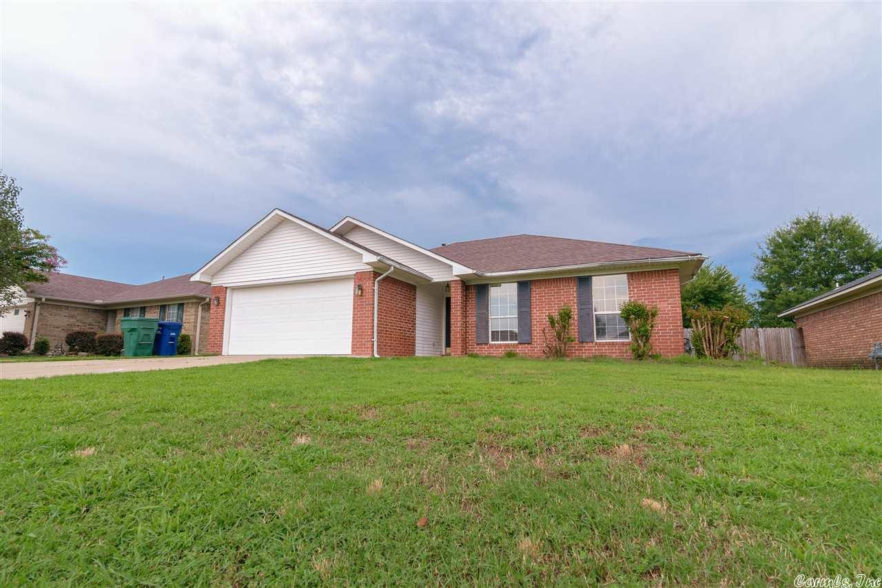3 bed/2 bath home with all-brick exterior, deck and fully fenced backyard. Location provides easy access to I-40 (approx. 1 mile away). New architectural 30-yr. shingle roof installed in June, 2013. Call today to schedule your showing!—UPDATE 8/9/17—Back on the market. Home passed FHA appraisal inspection for buyer's loan, then buyer's financing was denied by lender due to insufficient down payment funds.