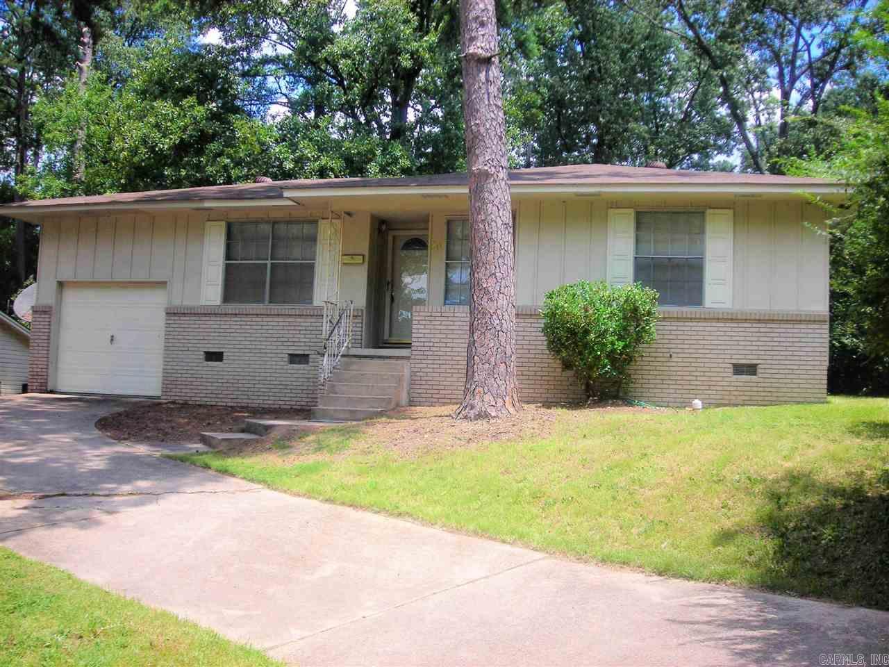20 Rosewood Drive, Little Rock, AR 72209