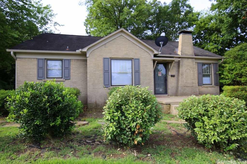5515 Cantrell Road, Little Rock, AR 72207