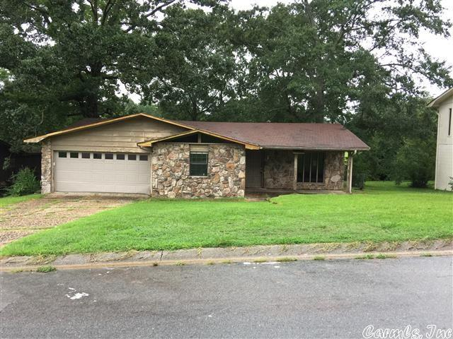 11201 Appomattox Dr, Mabelvale, AR 72103