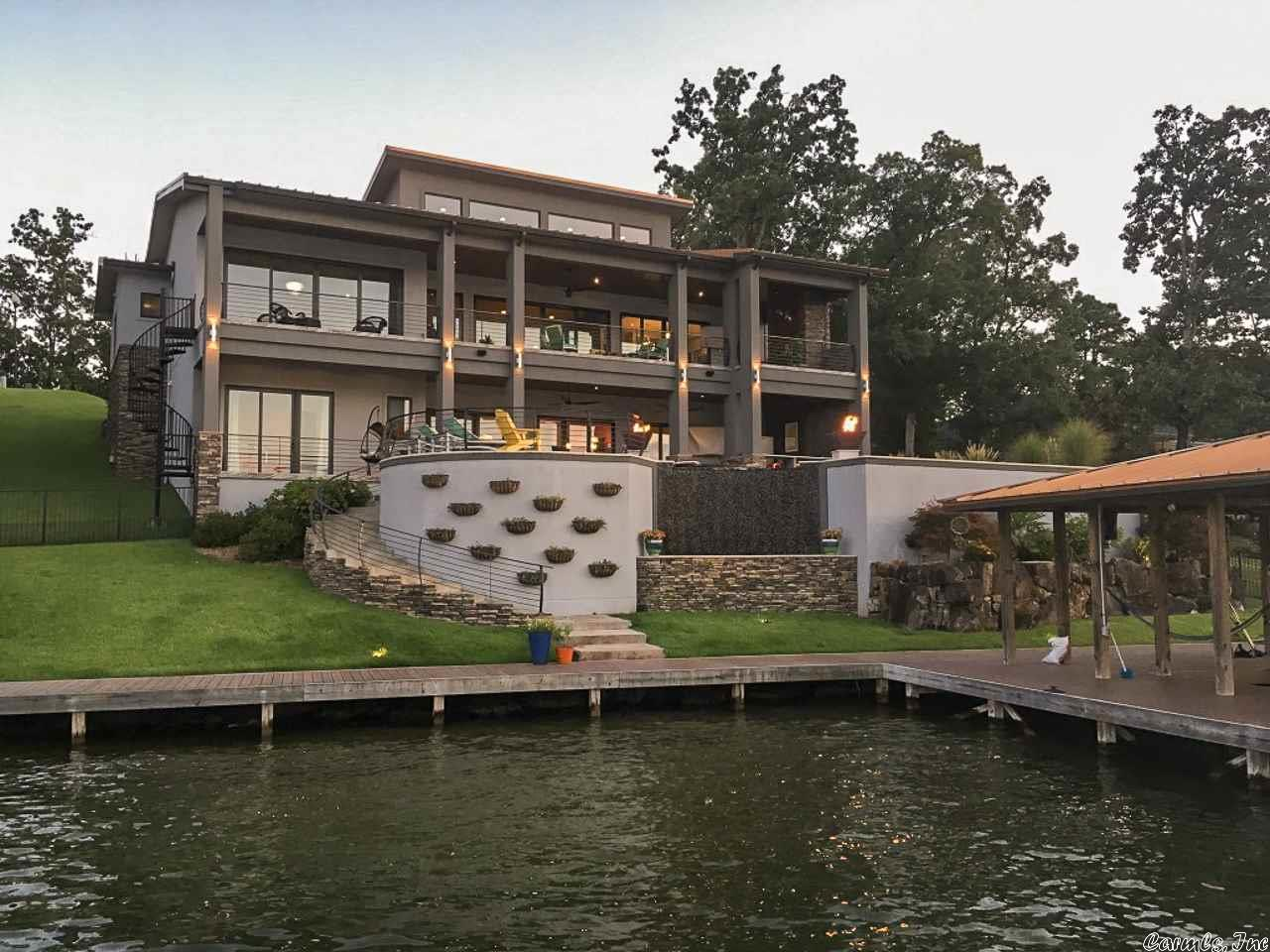 Waterfront Property | CENTURY 21 H S V  Realty