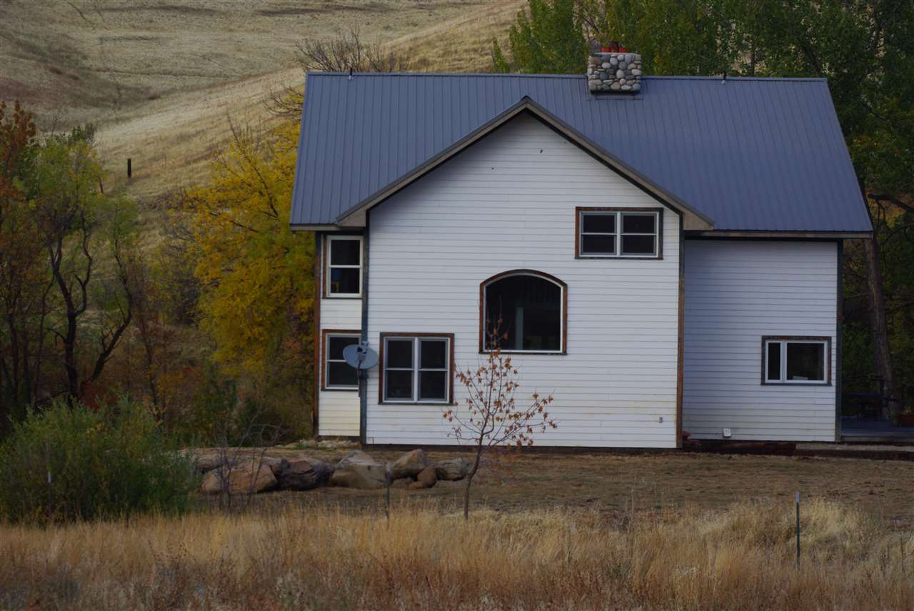 196 Porter Creek Rd., Horseshoe Bend, ID 83629