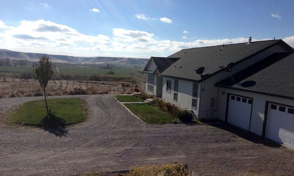 Granja por un Venta en 9880 W Canyon Bend Lane 9880 W Canyon Bend Lane Hammett, Idaho 83627
