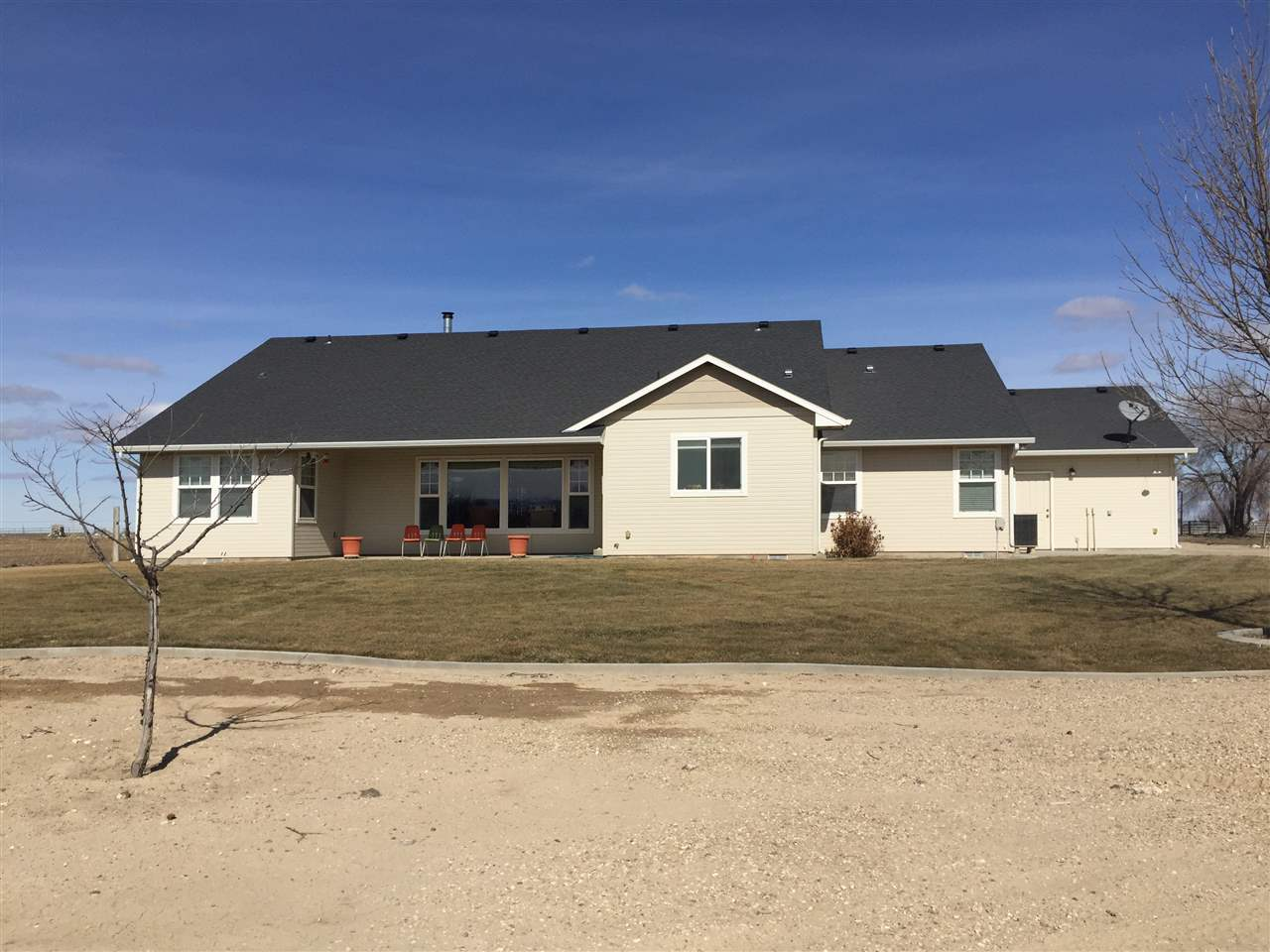 Single Family Home for Sale at 3185 S Powerline Rd. Melba, Idaho 83641