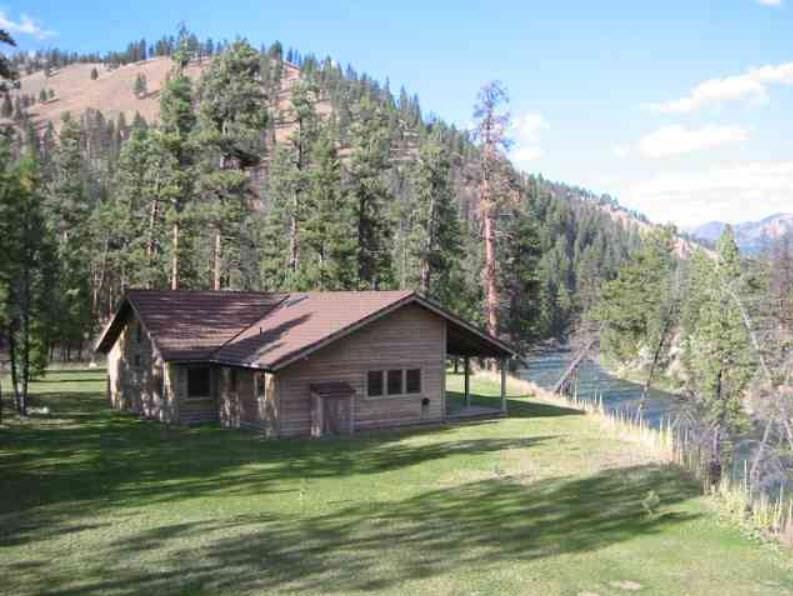 独户住宅 为 销售 在 27 Pistol Creek Ranch Cascade, 爱达荷州 83622