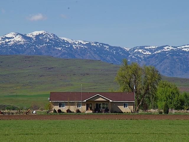 Casa Unifamiliar por un Venta en 2691 W Valley Road 2691 W Valley Road Midvale, Idaho 83645