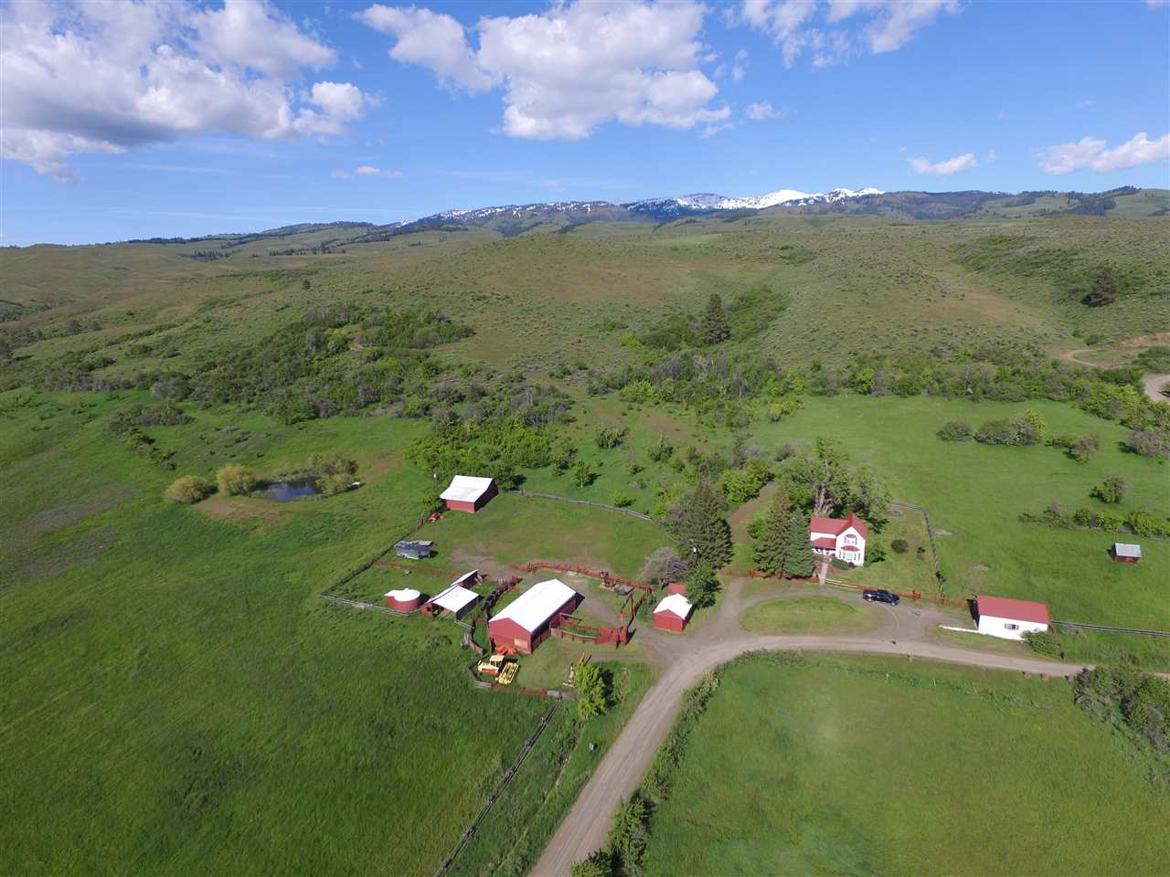 Chacra / Estancia por un Venta en 2374 Cottonwood Rd. Council, Idaho 83612
