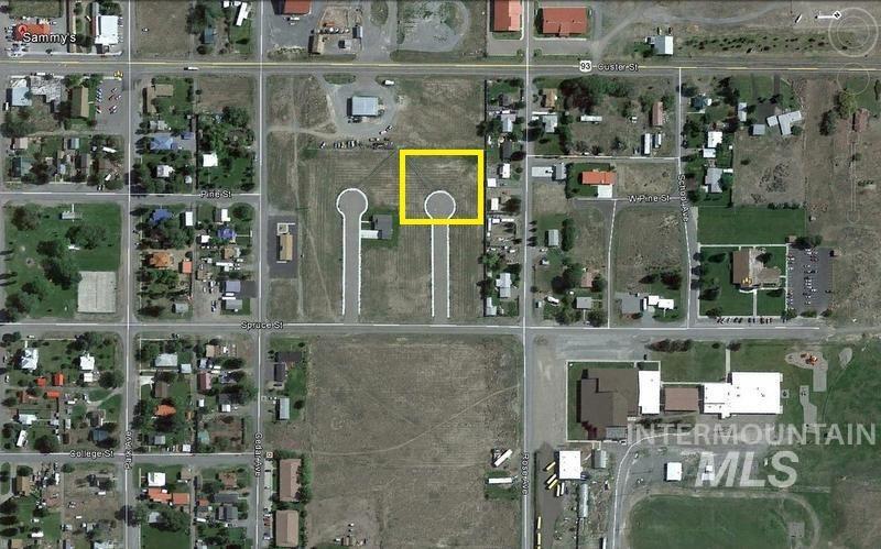 土地 为 销售 在 109 Burnett Court Mackay, 爱达荷州 83251
