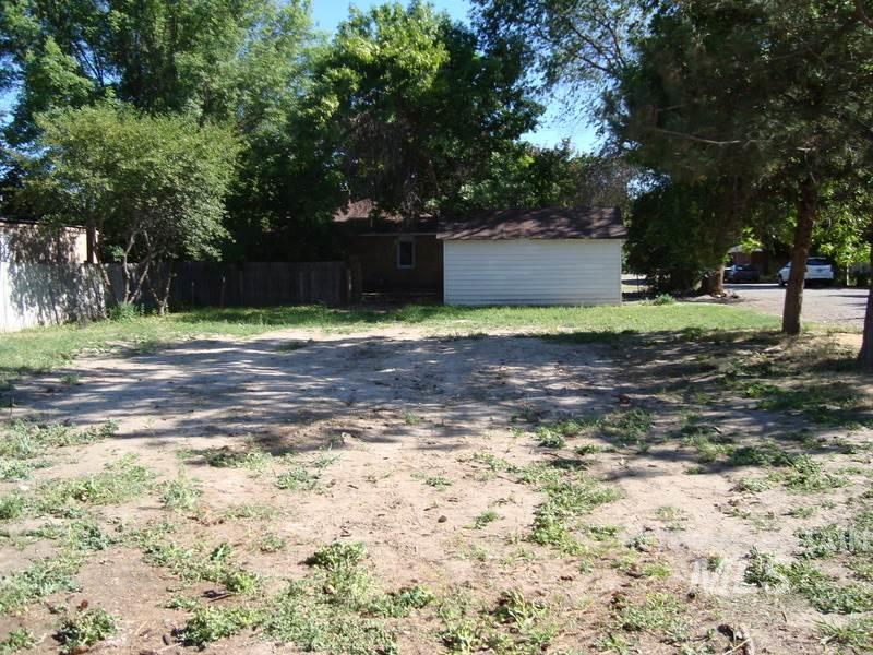 Land for Sale at 324 N Carmen Street Shoshone, Idaho 83352