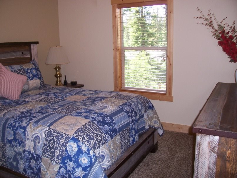 Additional photo for property listing at 1860  Snowberry Place 1860 Snowberry Place McCall, 爱达荷州 83638
