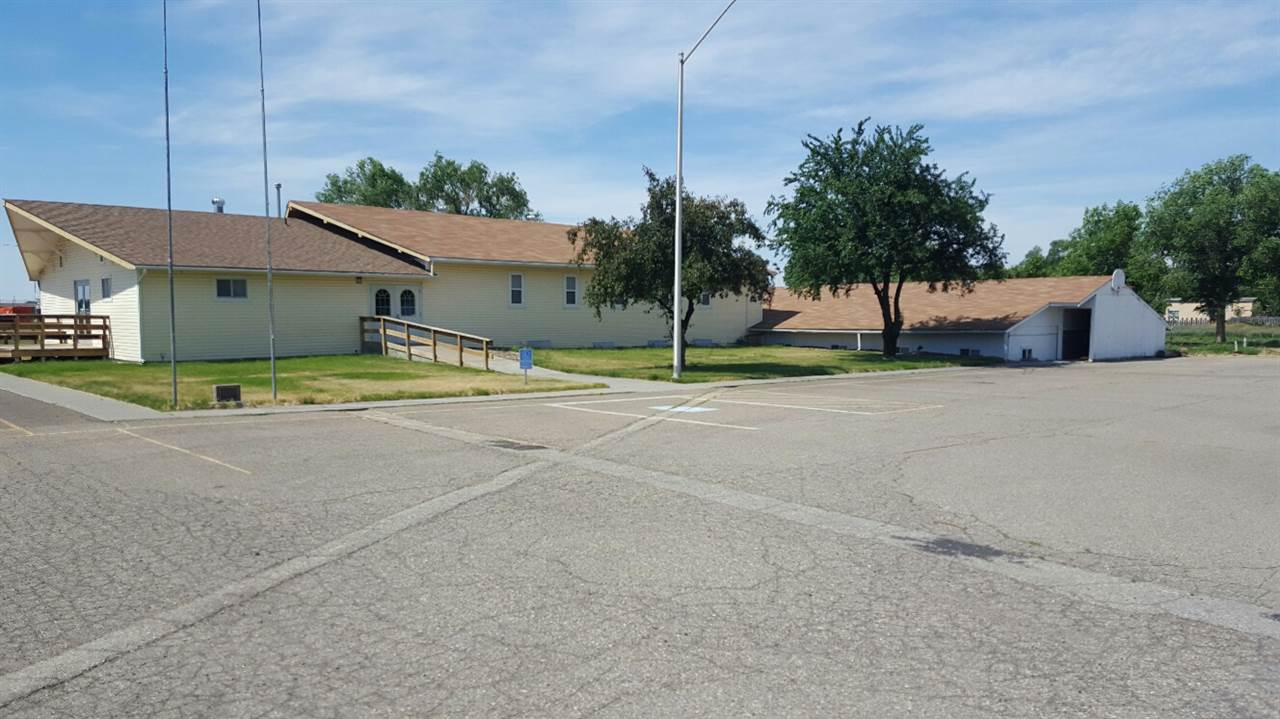 Commercial for Sale at 1555 American Legion Blvd 1 1555 American Legion Blvd 1 Mountain Home, Idaho 83647
