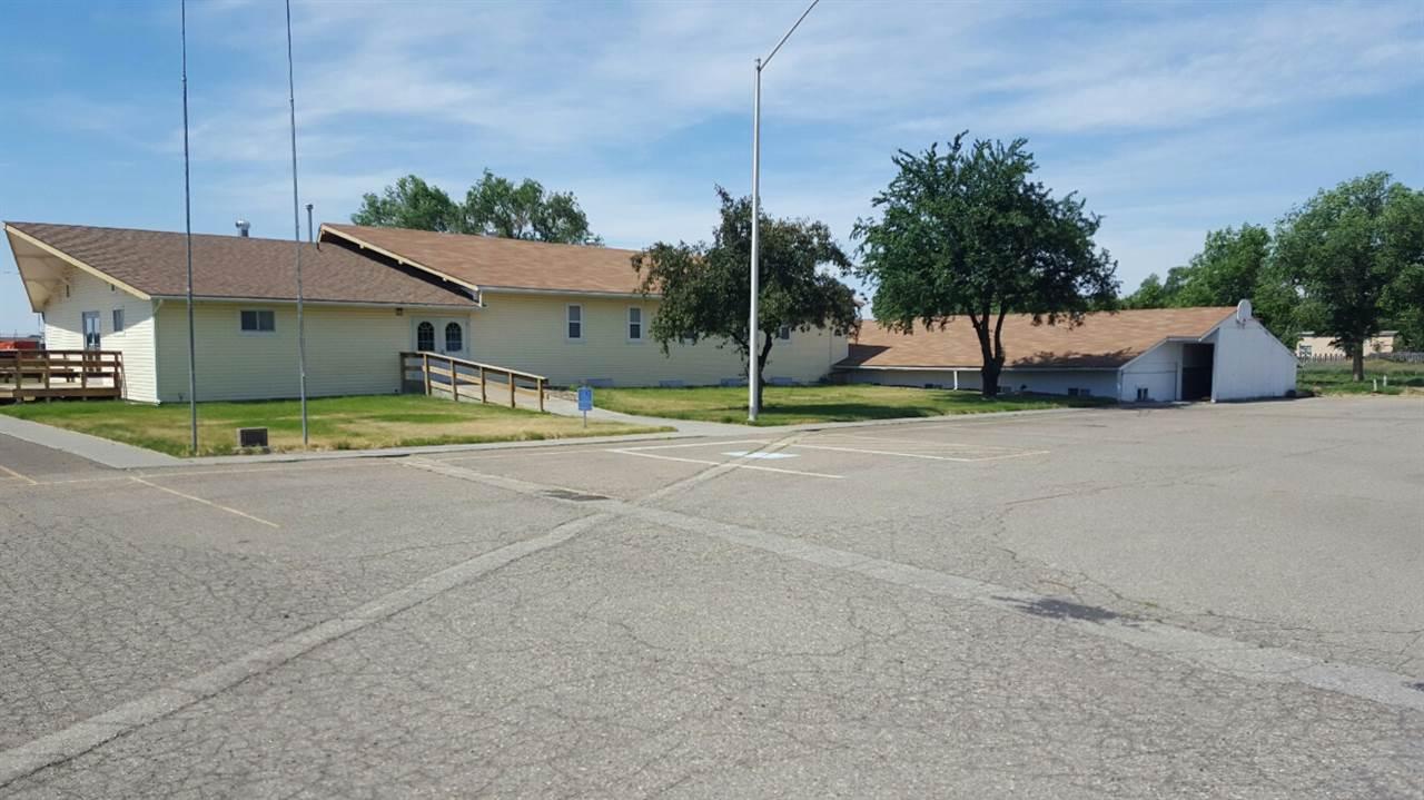 商用 为 销售 在 1555 American Legion Blvd 1 1555 American Legion Blvd 1 Mountain Home, 爱达荷州 83647
