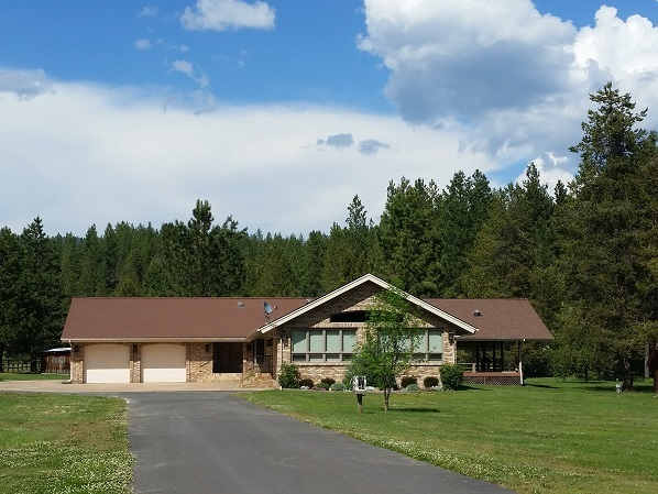 Single Family Home for Sale at 372 Little Pearsol Road Cascade, Idaho 83611