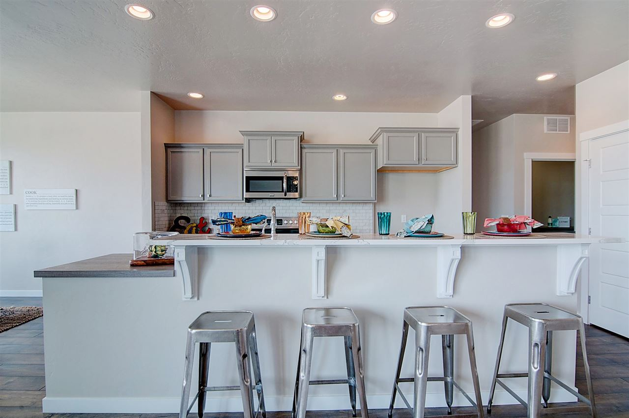 独户住宅 为 销售 在 11261 W Raul St. Boise, 爱达荷州 83709