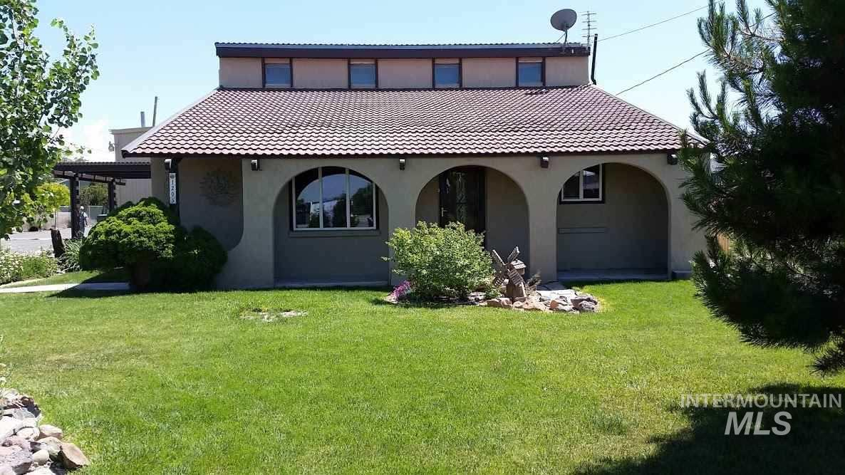 Additional photo for property listing at 1205  Addison Ave West 1205 Addison Ave West Twin Falls, 爱达荷州 83301