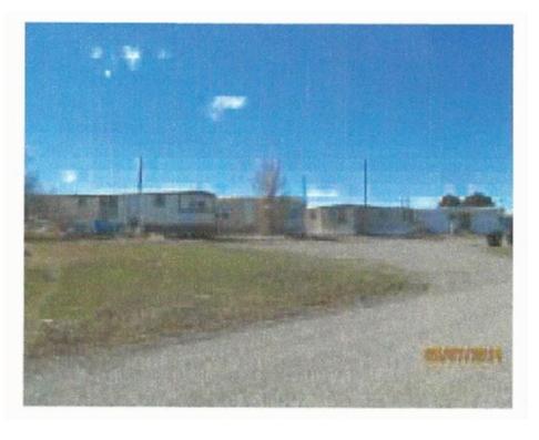 Casa Multifamiliar por un Venta en 100 W Lincoln Ave Richfield, Idaho 83349