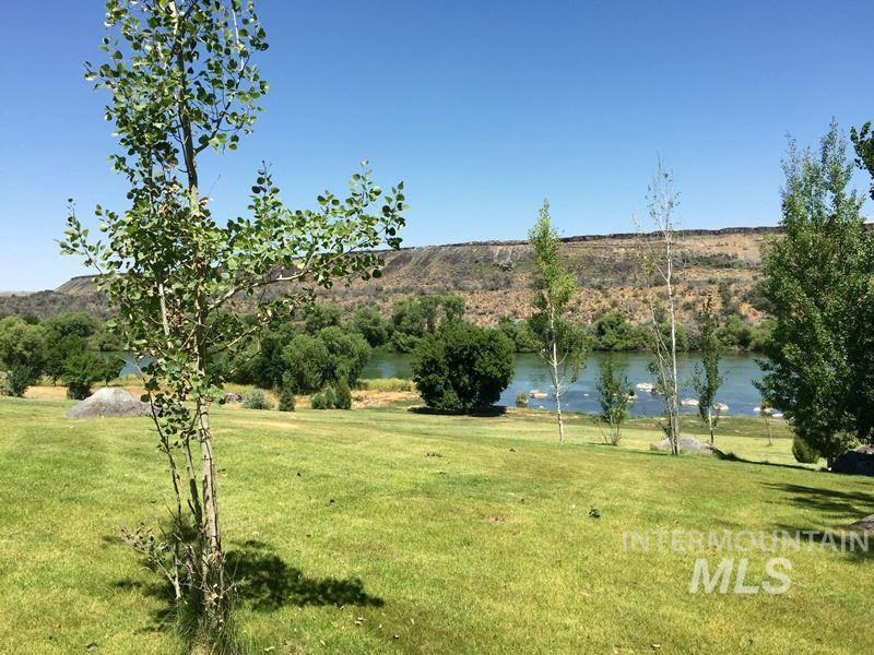 Additional photo for property listing at 1304  Riverside Dr. 1304 Riverside Dr. Buhl, Idaho 83316