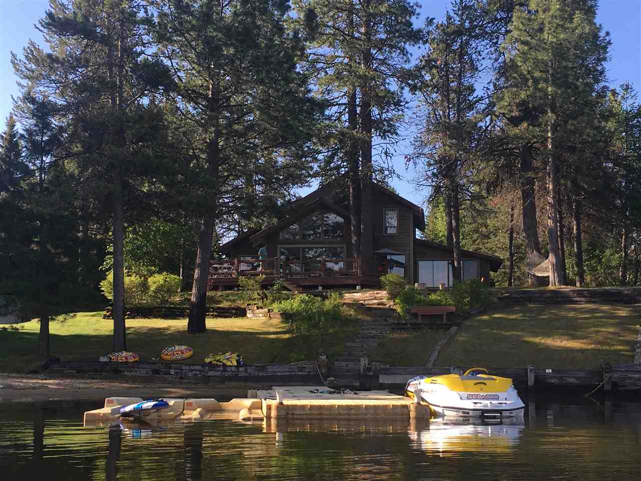 Single Family Home for Sale at 402 Martin Place 402 Martin Place Donnelly, Idaho 83615
