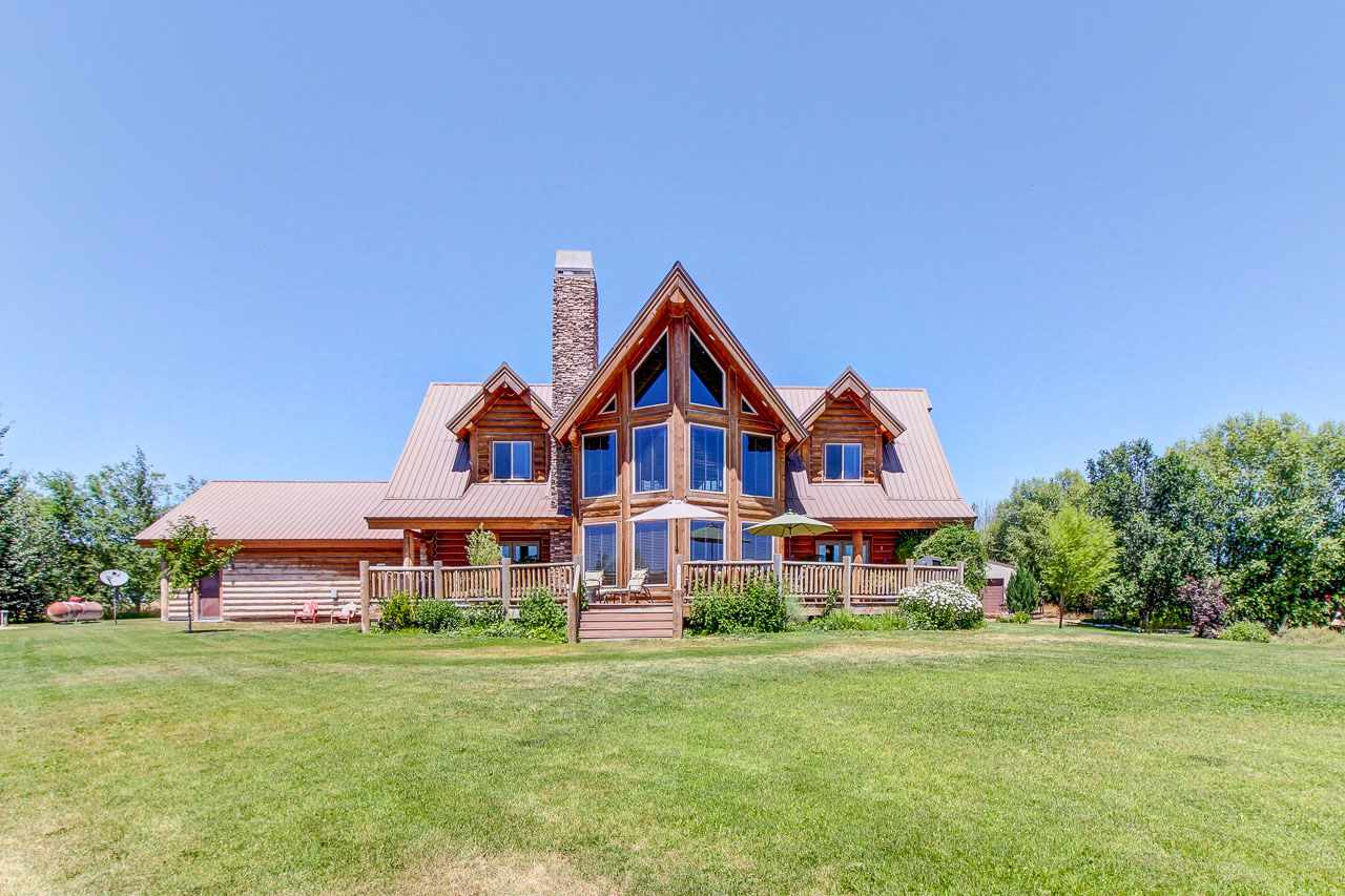 Single Family Home for Sale at 28227 River Ridge Road 28227 River Ridge Road Wilder, Idaho 83676