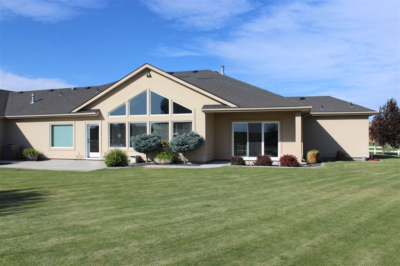 2495 Sand Hollow Road, Caldwell, ID 83607
