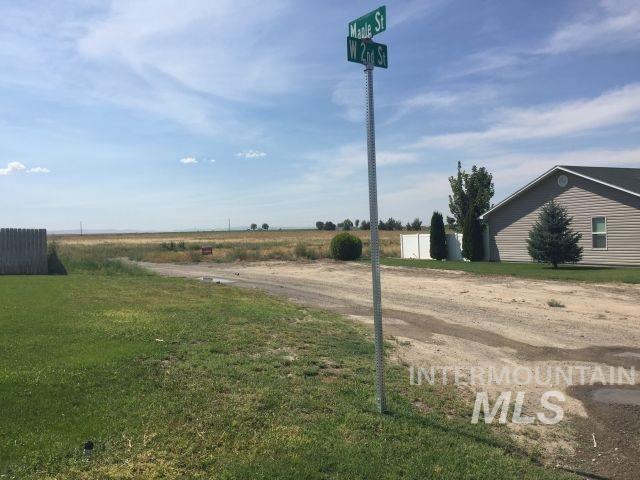 Terreno por un Venta en 4th W Sycamore & Locust Hazelton, Idaho 83335
