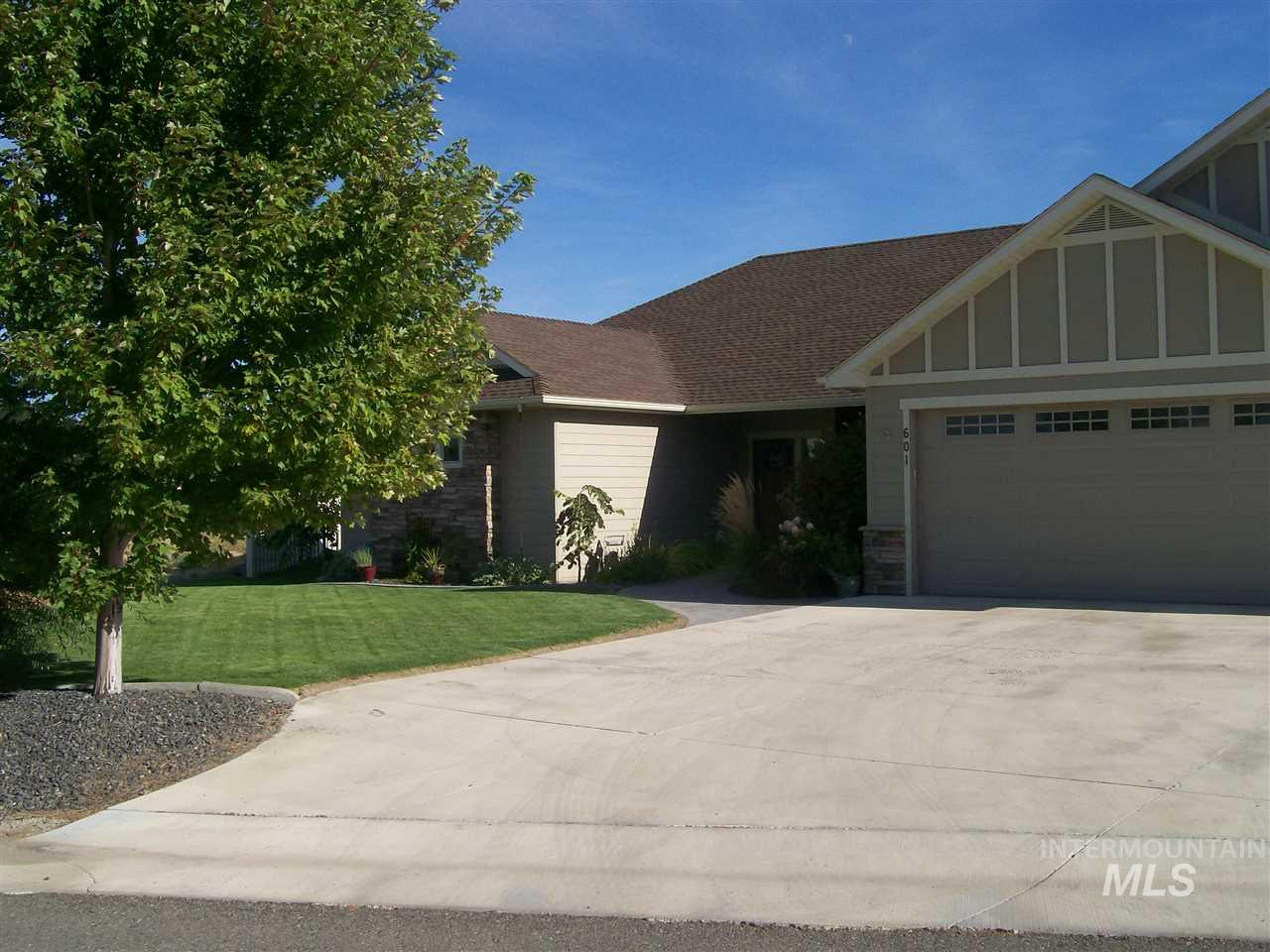601 Valley Circle, Hagerman, ID 83332