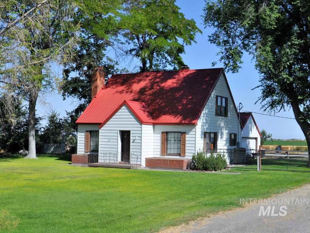 农场/牧场 为 销售 在 1294 E 3700 North 比镇, 爱达荷州 83316
