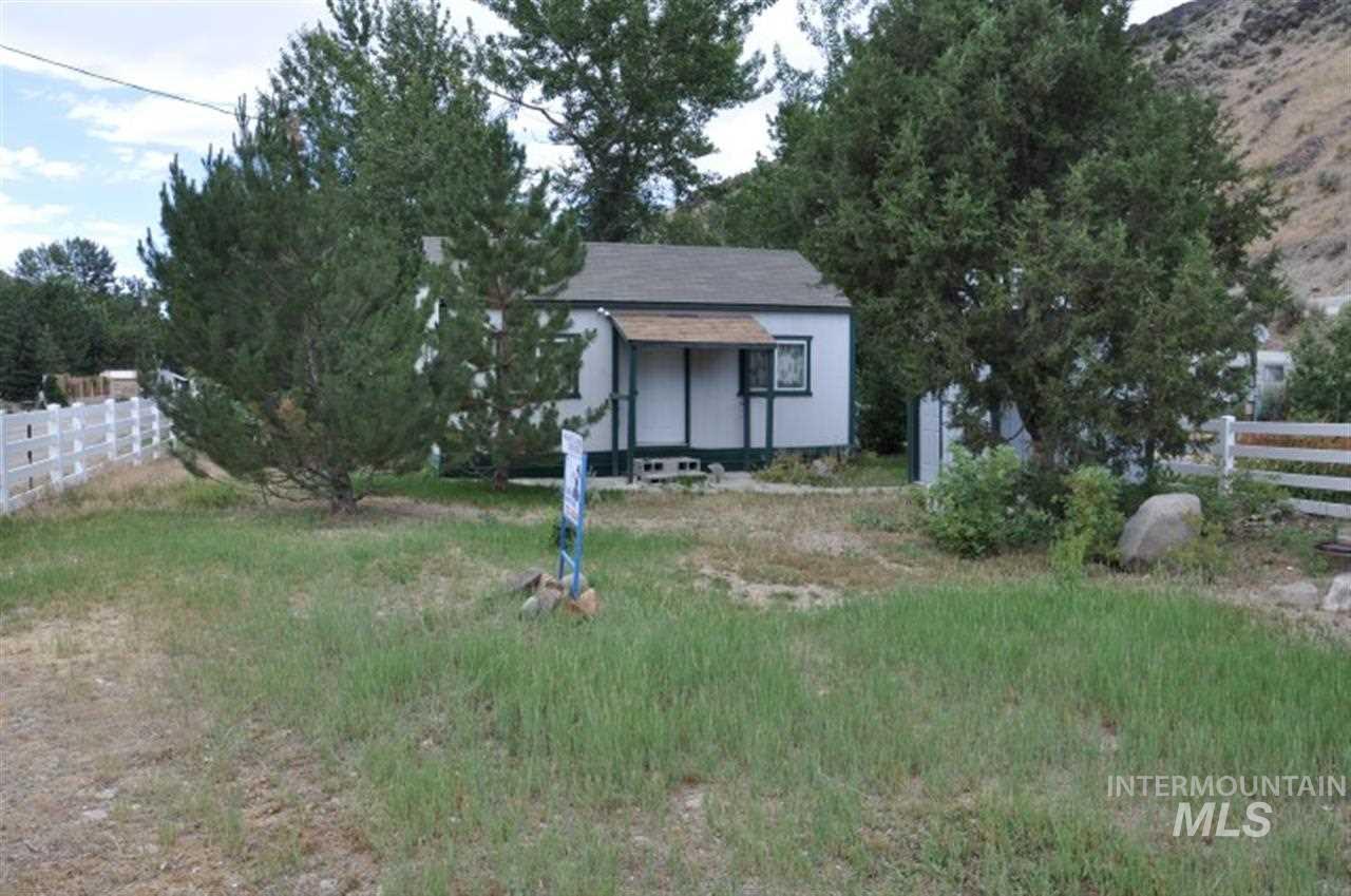 独户住宅 为 销售 在 58336 River Run Lane 58336 River Run Lane 默里, 爱达荷州 83874