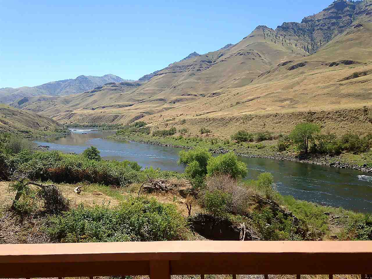 Additional photo for property listing at Warm Springs Landing Snake River Route Warm Springs Landing Snake River Route Lewiston, Idaho 83501