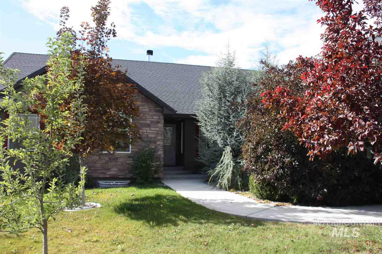 1379 STONEYBROOK CIR, Twin Falls, ID 83301