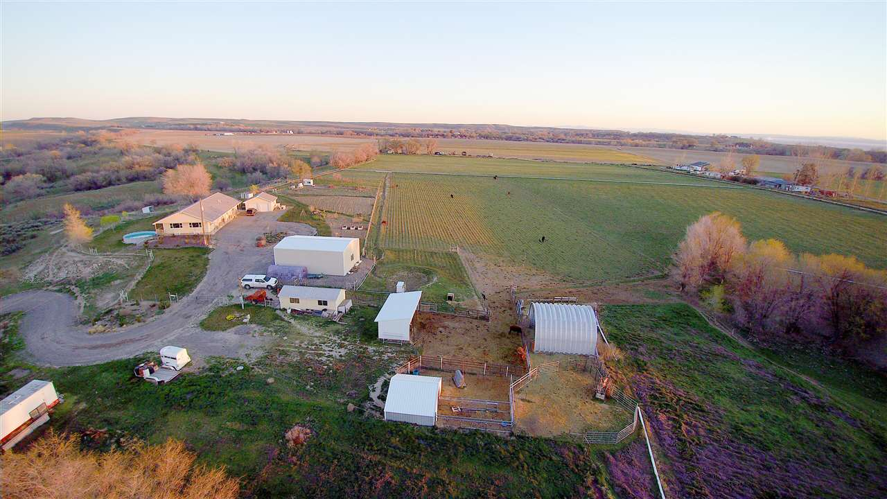 Farm for Sale at 770 Columbia Avenue Nyssa, Oregon 97913