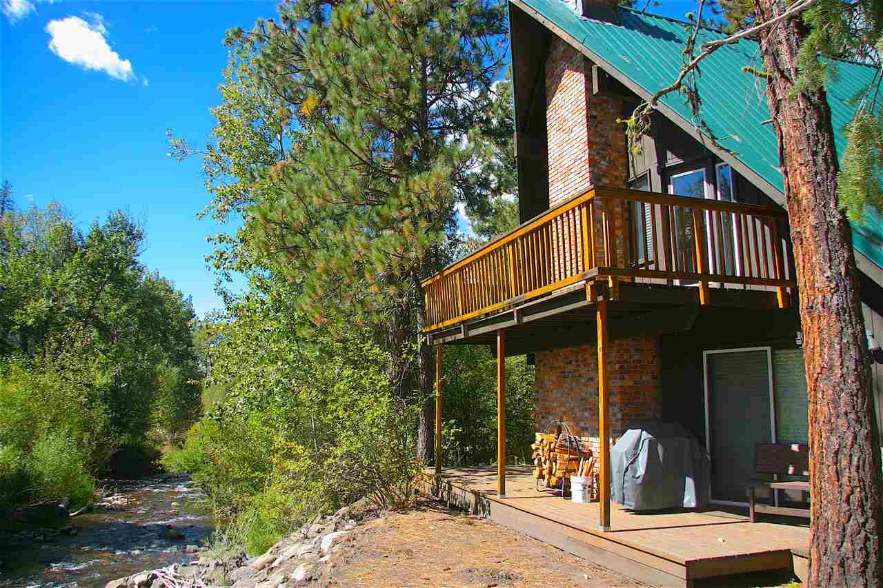 Casa Unifamiliar por un Venta en 3337 Woodland Road New Meadows, Idaho 83654