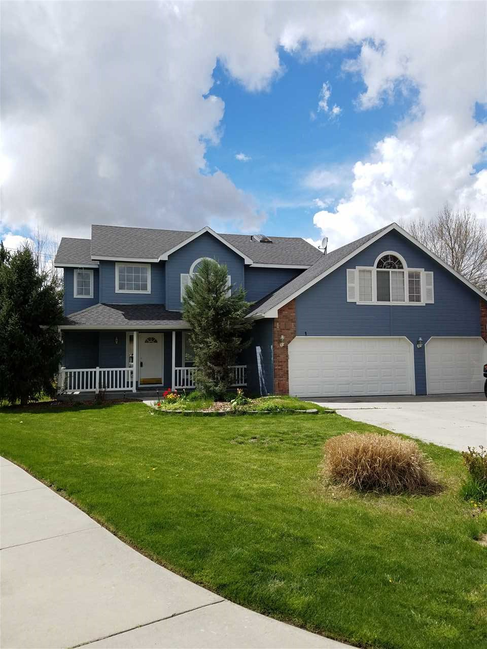 1397 W Powder Ct, Eagle, ID 83616