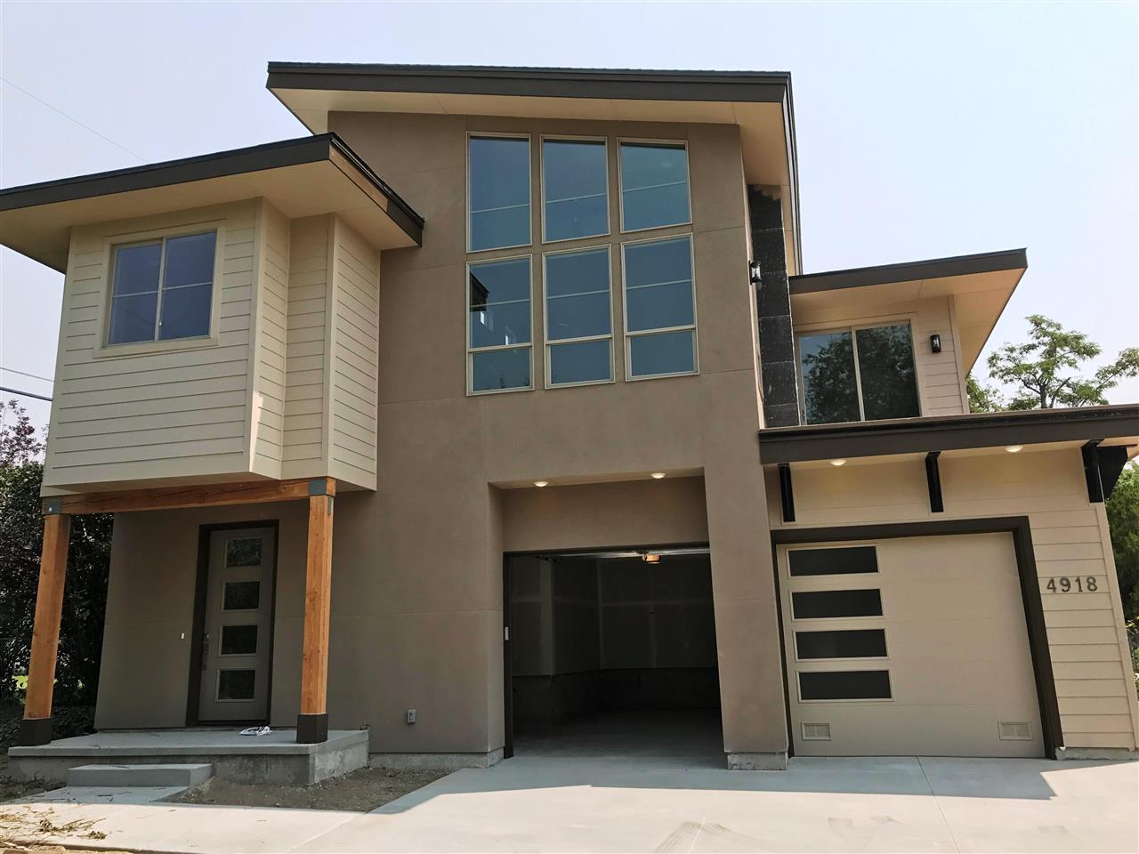 4918 Hill Rd, Boise, ID 83703