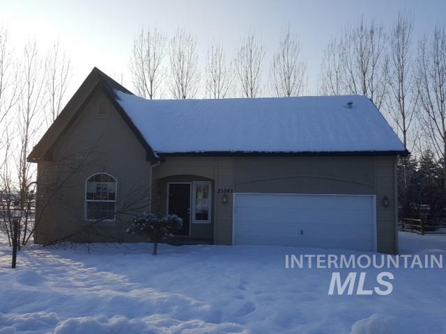 Casa Unifamiliar por un Venta en 21045 Oakwood Dr Greenleaf, Idaho 83626