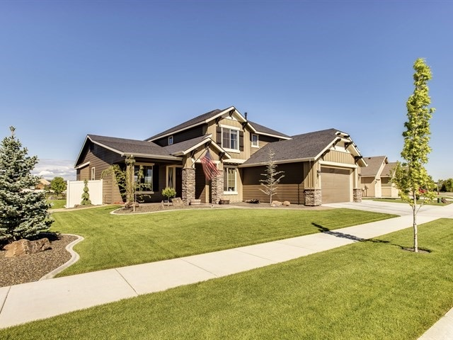 712 N Stockhelm Way, Eagle, ID 83616