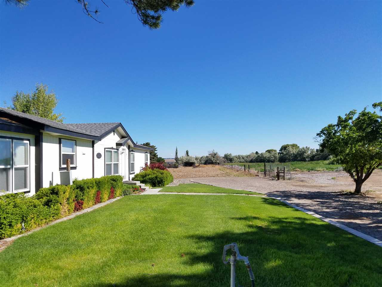 Commercial for Sale at 1923 Pole line Rd. E. 1923 Pole line Rd. E. Twin Falls, Idaho 83301