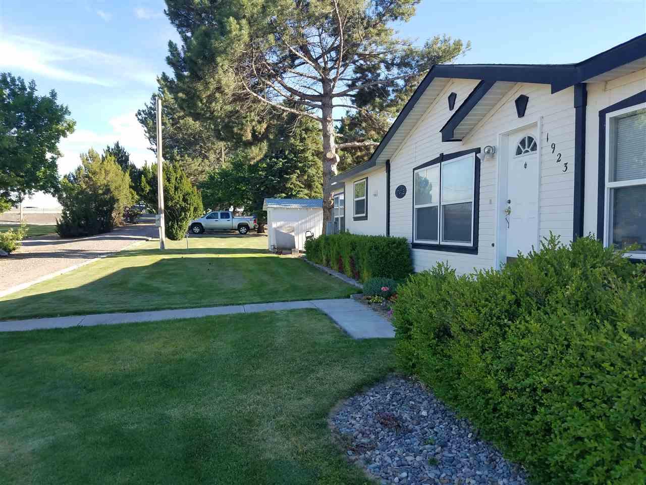 1923 Pole line Rd. E.,Twin Falls,Idaho 83301,Business/Commercial,1923 Pole line Rd. E.,98645893