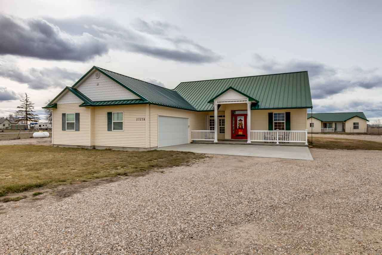 Single Family Home for Sale at 27270 Penny Lane 27270 Penny Lane Wilder, Idaho 83676