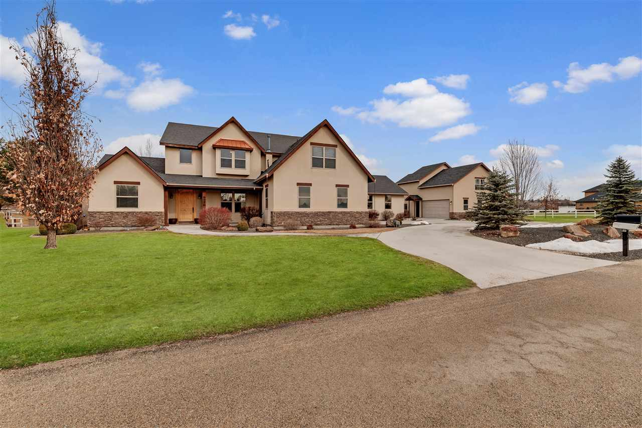 8996 NEW CASTLE DRIVE, Middleton, ID 83644