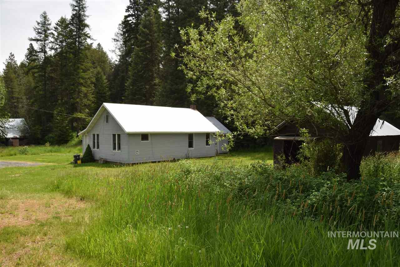3971 E Highway 8, Troy, ID 83871