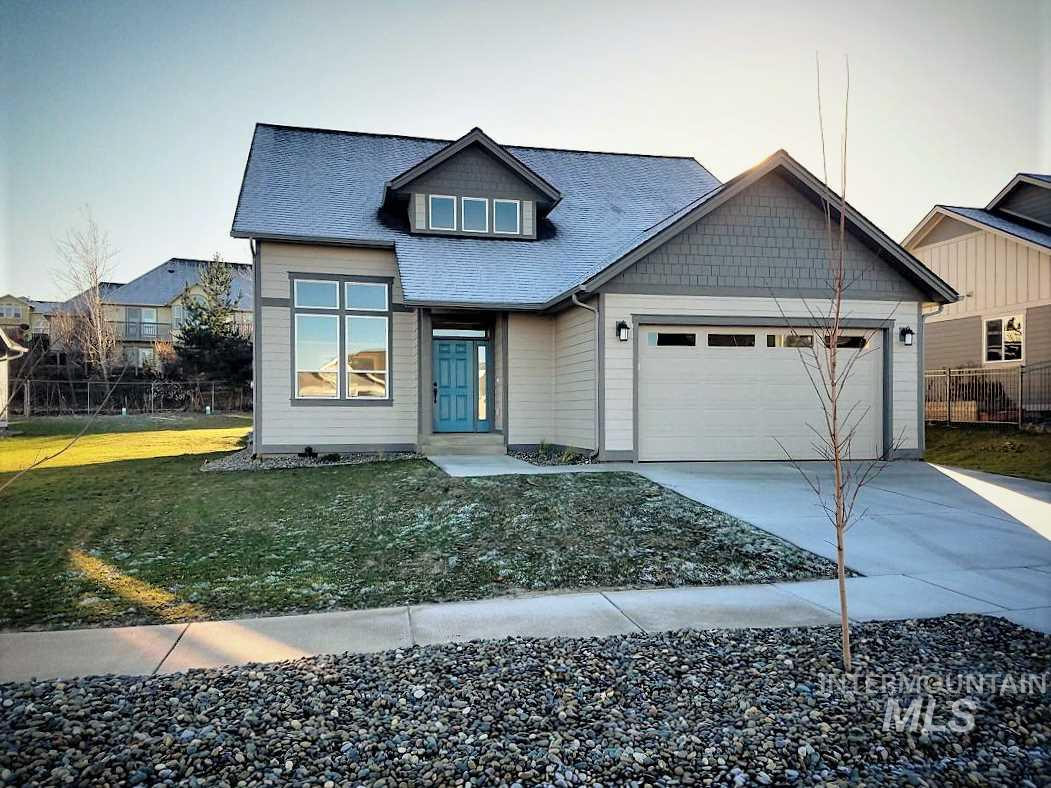 2215 Itani Dr, Moscow, ID 83843