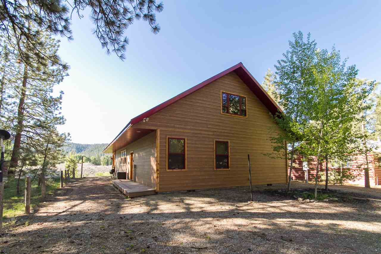 Single Family Home for Sale at 4364 E Pine/Featherville Rd Featherville, Idaho 83647
