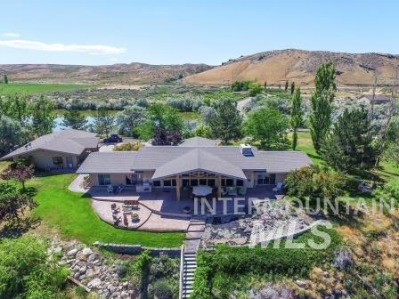 Casa Unifamiliar por un Venta en 18854 Highway 30 18854 Highway 30 Hagerman, Idaho 83332