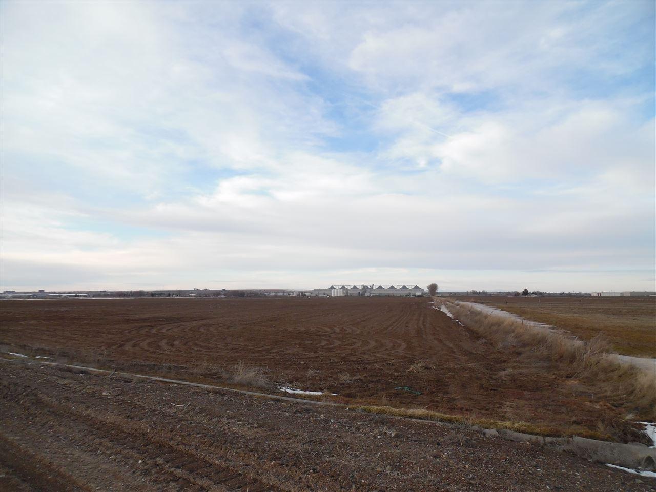 农场 为 销售 在 351 W Hwy 30 351 W Hwy 30 Burley, 爱达荷州 83318