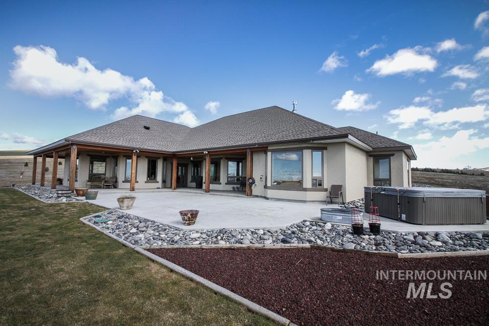 Casa Unifamiliar por un Venta en 1004 Skyview Dr Moscow, Idaho 83843
